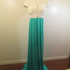 I Love Chesley Medium white seafoam maxi dress